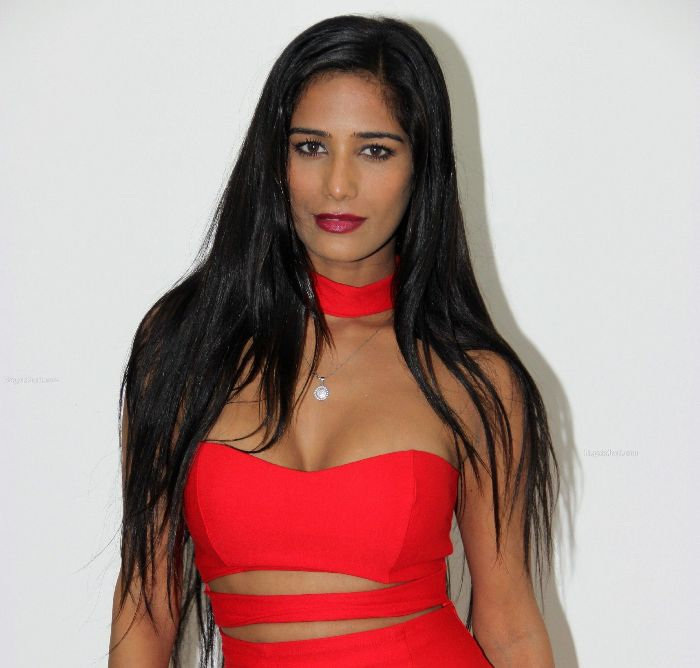 Poonam Pandey The best se***xiest Indian models of all time