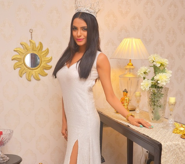 Supriya Aiman The best se***xiest Indian models of the moment