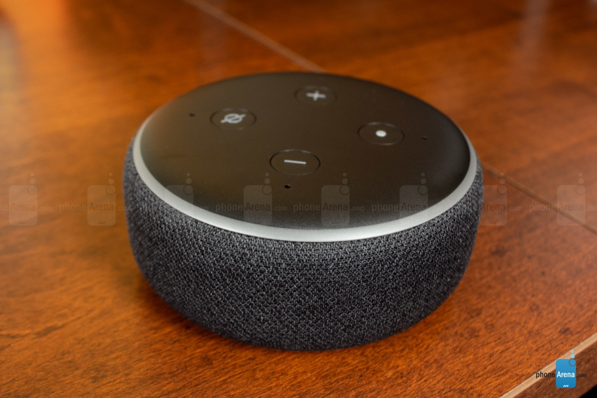 Amazon rules smart speakers, leaving HomePod in the dust