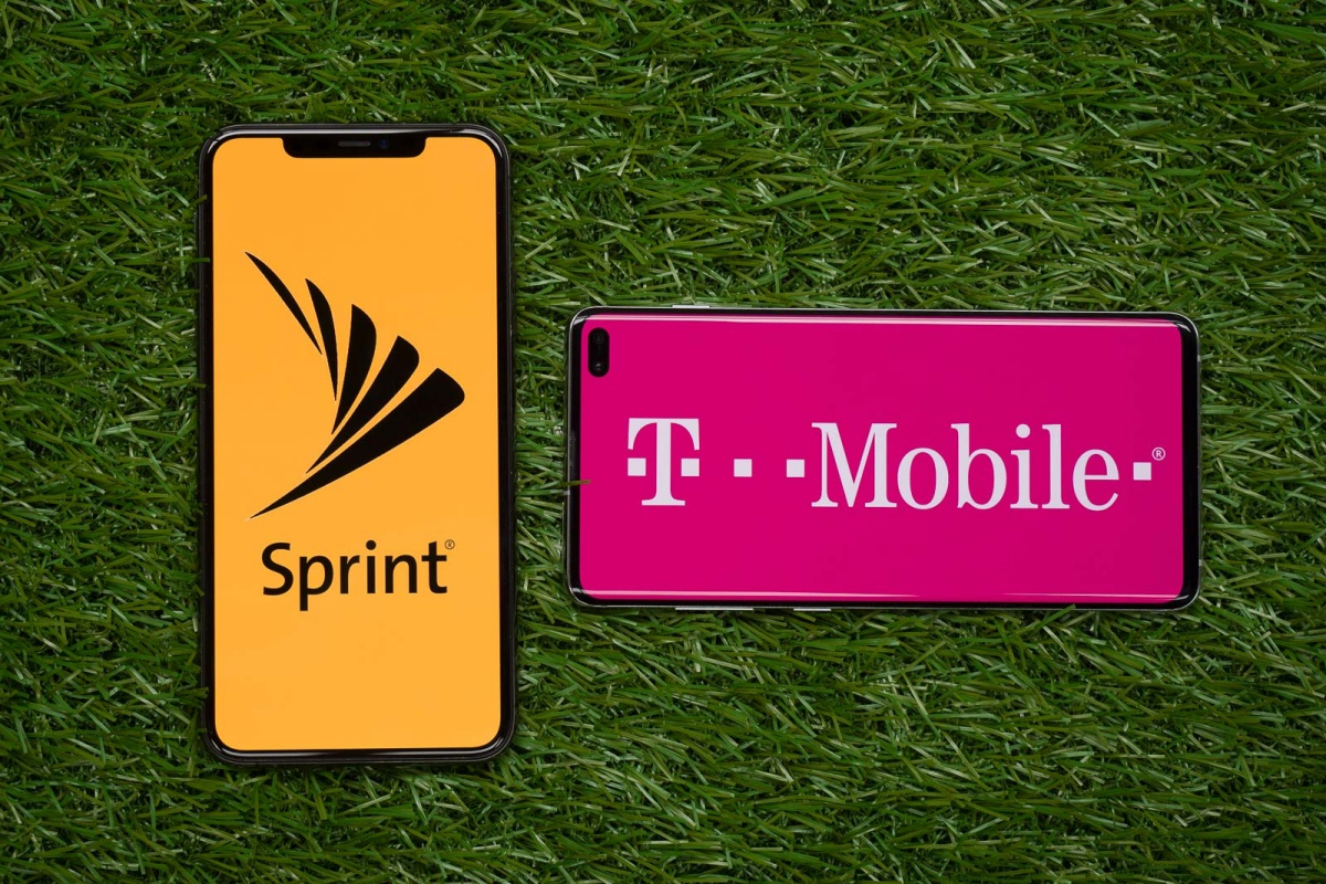 Judge approves T-Mobile's $26 billion merger with Sprint
