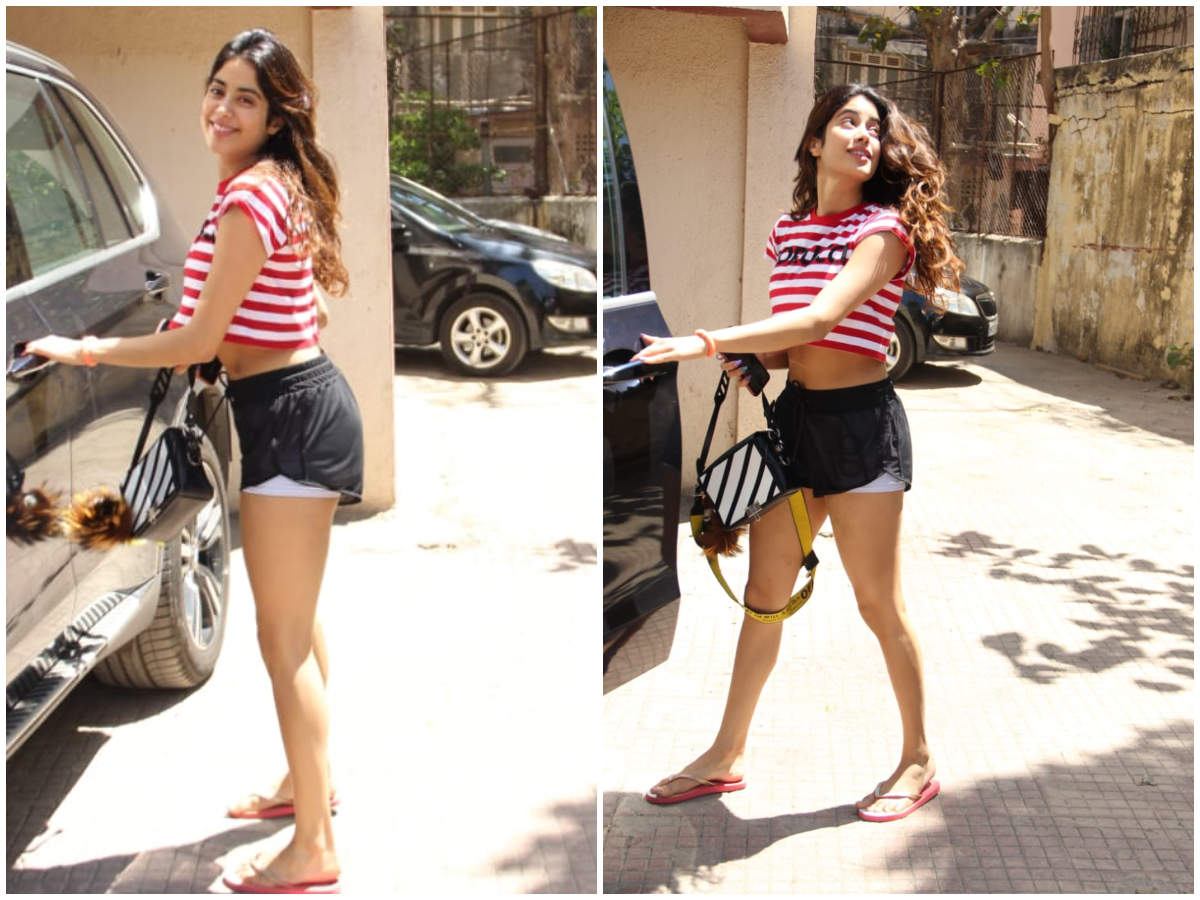 Janhvi Kapoor radiates with joy in THIS post-work-out-pictures