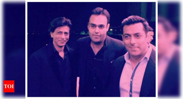Rare pic of Salman-SRK is an absolute treat