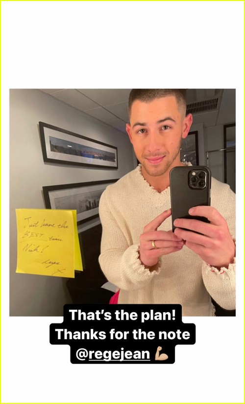 Rege-Jean Page leaves a note for next SNL host Nick Jonas